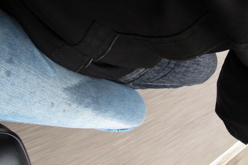 Pegando chuva de moto