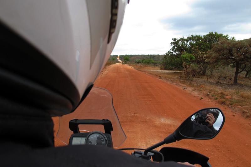 Estrada entre Lapinha da Serra e Santana do Riacho