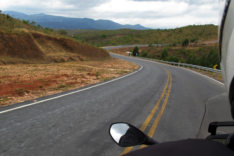 Estrada entre Serra do Cipó e Santana do Riacho