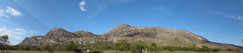 Vista panorâmica da Serra do Espinhaço em Lapinha da Serra