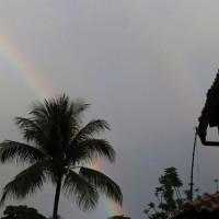 Arco-íris duplo depois de uma chuvinha
