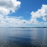 Navegando pela baía de Camamu