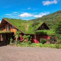 Casa com grama no teto, em Urubici