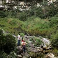 Trilha até a Cachoeira Alta em Altamira