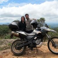 Nossa primeira foto juntos de moto :P