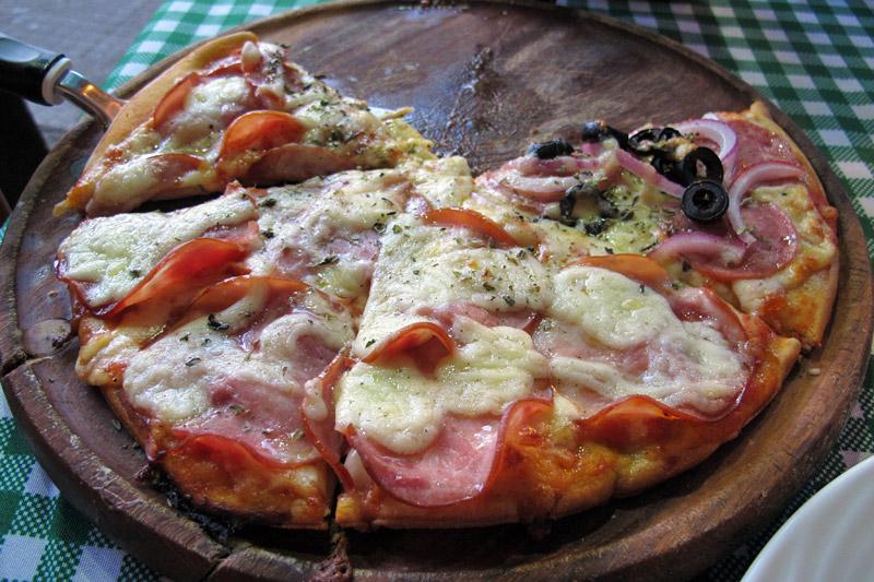 Restaurante na Barra da Lagoa: Pizzaria Mão Na Massa