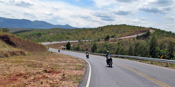 cidades perto de BH: Passeio de motoclube em lapinha da serra
