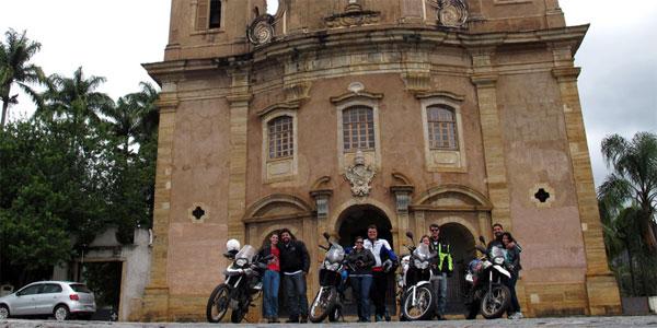 cidades perto de BH: Passeio de moto em Mariana/MG