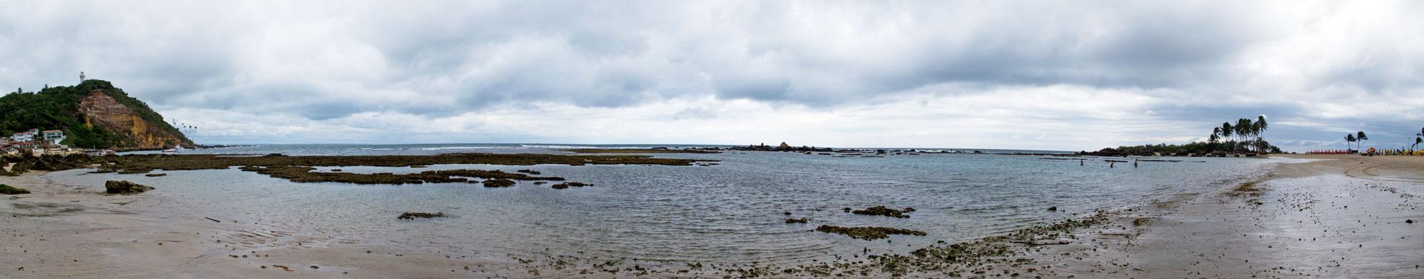 segunda praia com a maré baixa
